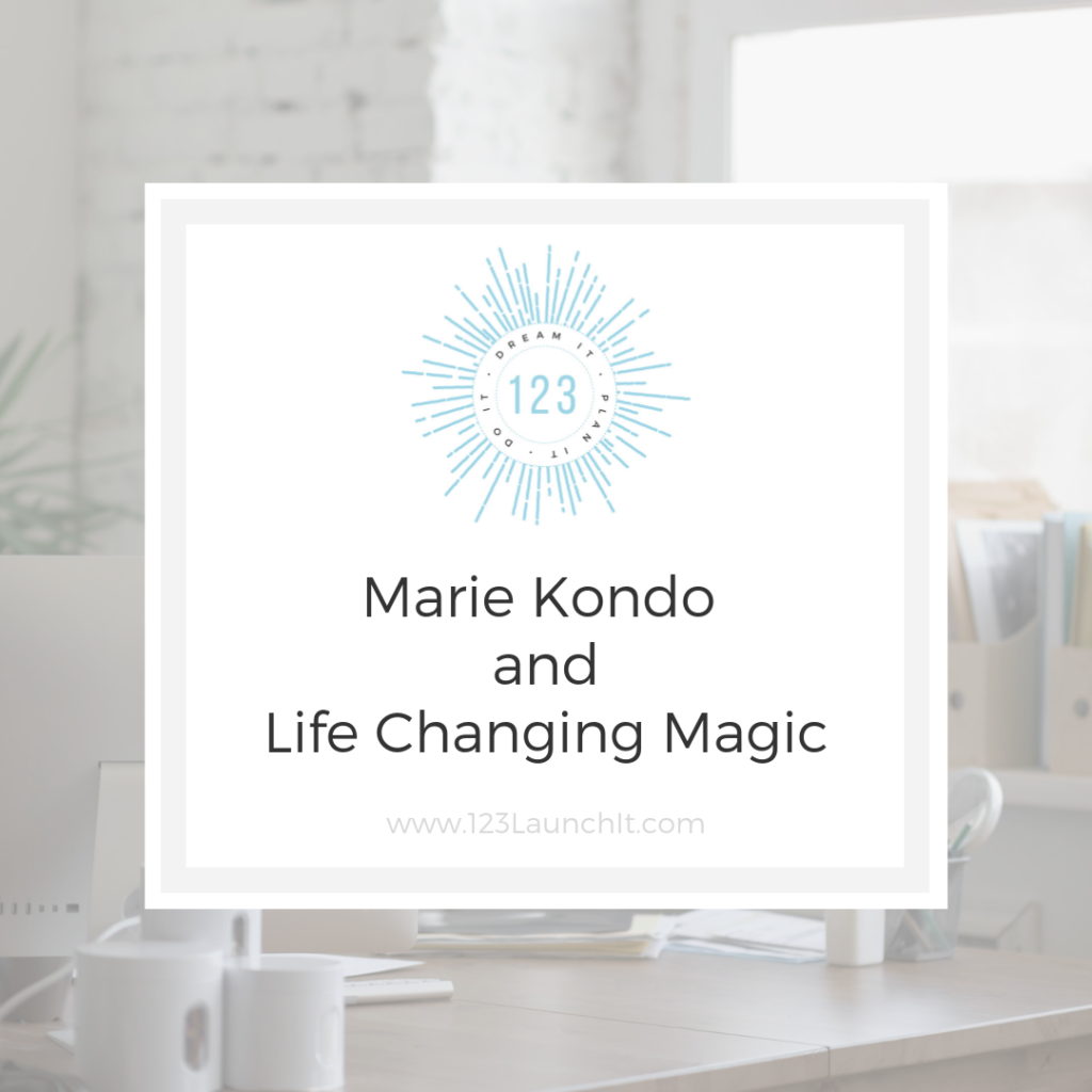 Review Marie Kondo Life Changing Magic